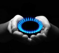 naturalgas_hands.